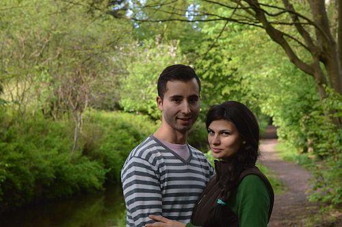 Oliver y susana en el bosque