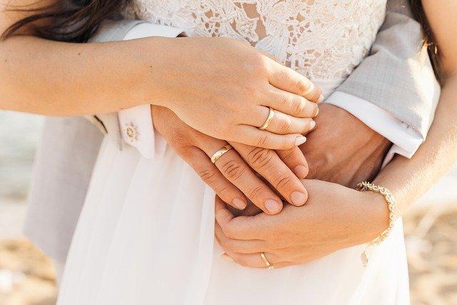 10 consejos para comprar un anillo de compromiso