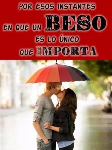 beso romantico bajo la lluvia-opt